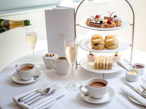 Image: Champagne afternoon tea in the Pump Room